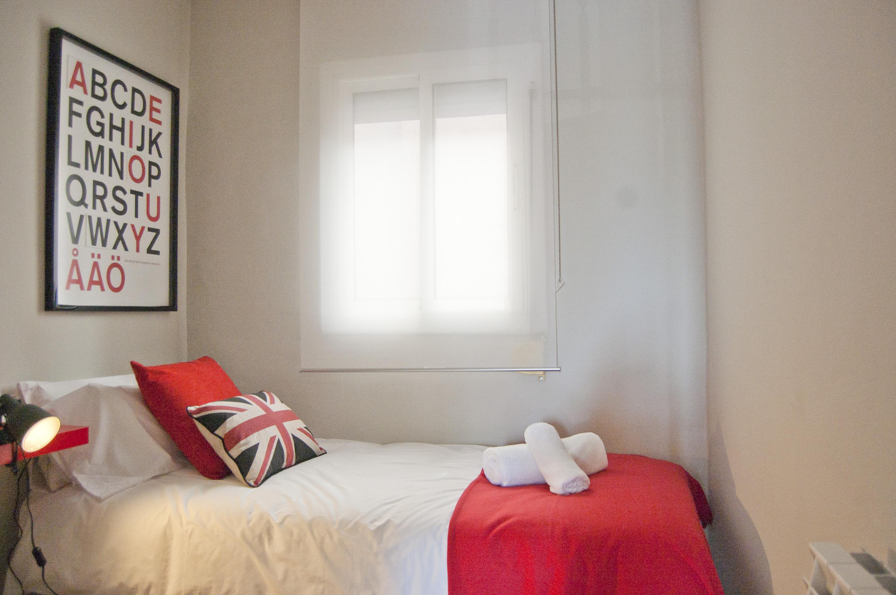 Trazo interiorismo loft duplex 90m for Interiorismo low cost
